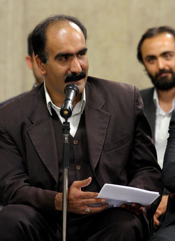 http://hormozonline.ir/wp-content/uploads/2017/01/khamenei044.jpg